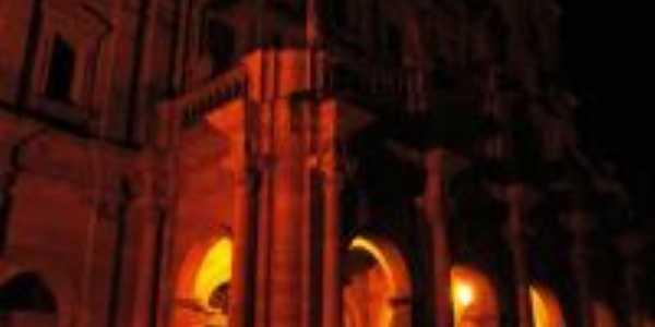 Catedral a Noite - Por Luh Brittes