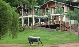 Santo Cristo - Hotel Fazenda 3 Cascatas-Foto:masterjaguari