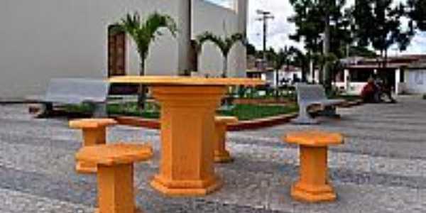 Mantiba-BA-Nova Praça ao lado da Matriz-Foto:Simas