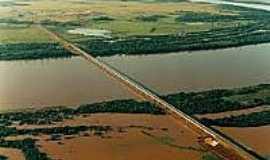 São Borja - Ponte Internacional sobre o Rio Uruguai em São Borja-Foto:riogrande.