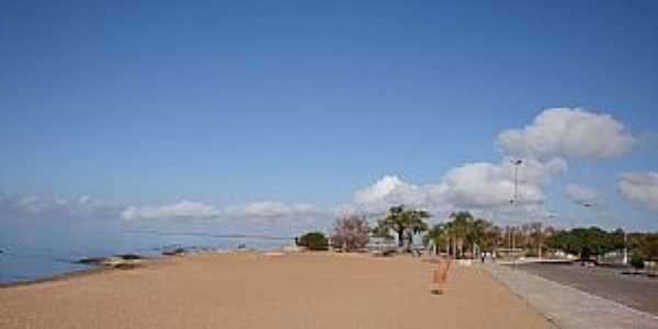 São Lourenço do Sul-RS-Avenida Beira Mar e a Praia-Foto:Henrique de BORBA