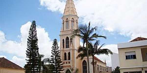 São Lourenço do Sul-RS-Igreja Evangélica de Confissão Luterana-Foto:Vicente A. Queiroz