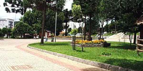 São Marcos-RS-Praça central-Foto:Sidnei José Romano