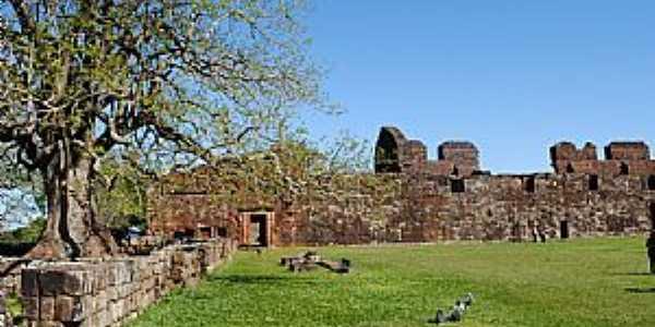 São Miguel das Missões-RS-Ruinas da Antiga Catedral de São Miguel Arcanjo-Foto:Zelia Waltrick