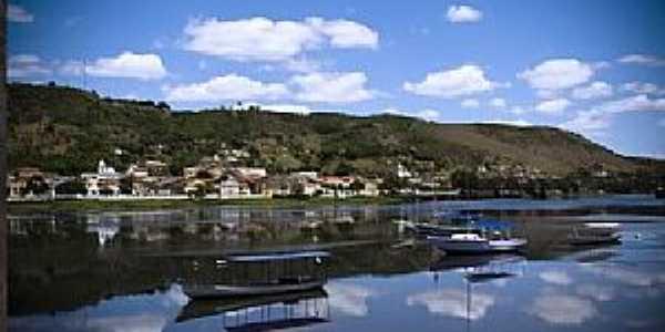 Maragogipinho-BA-O Rio Jaguaripe e a cidade-Foto:procrisleao.blogspot.com.br