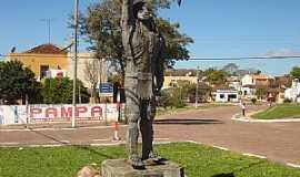 São Sepé - São Sepé-RS-Homenagem ao Índio Sepé na entrada da cidade-Foto:Nilson Monteiro
