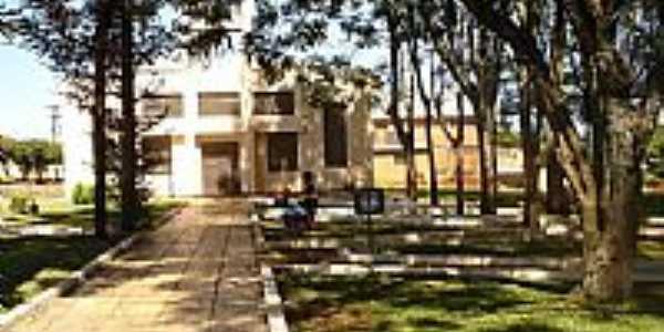 Capela São Roque e Praça