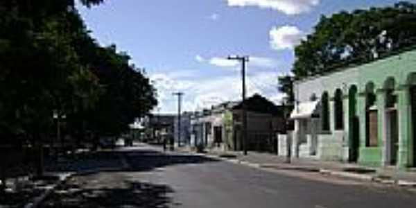 Rua central de S�o Vicente do Sul-RS-Foto:PRSADI DA FONTOURA POR�