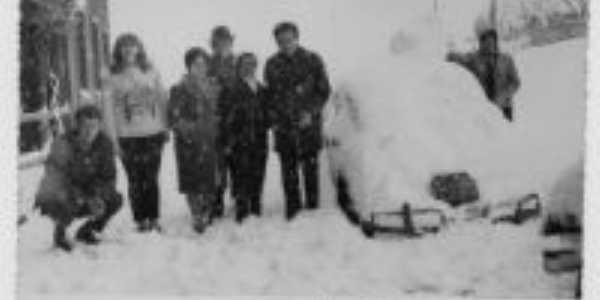 Neve em sertão, Por ialmar pio schneider