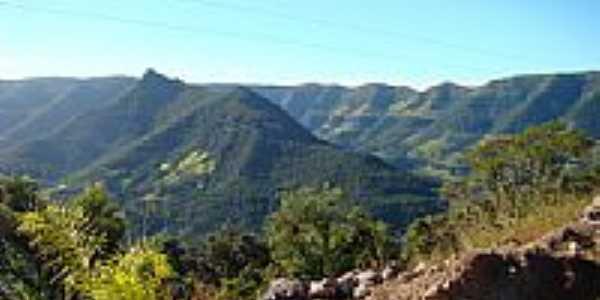 Montanhas-Foto:PCRAPAKI-TRAMANDAÍ-R…