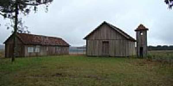 Igreja abandonada- pcrapaki