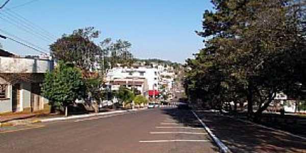 Tapejara-RS-Rua no centro da cidade-Foto:Jose Silva