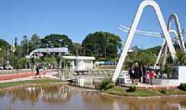 Taquara - Praça Arlete Afonso-IACS-80 anos-Foto:Henrique de BORBA