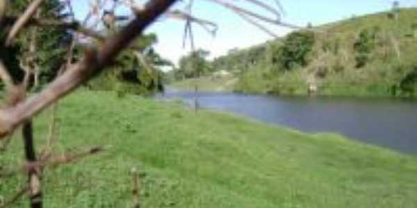margem Rio Pardo, Por Paulo de Mascote