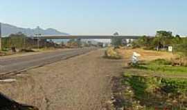 Terra de Areia - Viaduto da Rota do Sol-Foto:PACM BR101SCRS Geren…