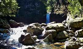 Três Cachoeiras - Três Cachoeiras-RS-Poço dos Morcegos-Foto:Roque Oliveira