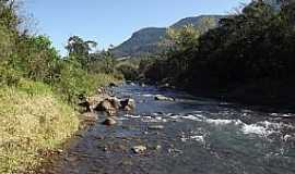 Três Cachoeiras - Três Cachoeiras-RS-Rio da Terra-Foto:Ubirajara Cruz
