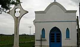 Triunfo - Triunfo-RS-Igreja dos Tr�s M�rtires Riograndenses, no Povoado de General Neto-Foto:Angelo Chiabotto Via�