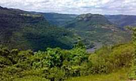 Tuiuti - Vista do Vale do Rio das Antas-Foto:Eduardo Pinheiro de …