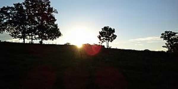 Tuparendi-RS-Pôr do Sol-Foto:Elton Wisch