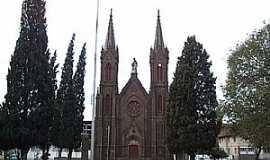 Vacaria - Vacaria-RS-Catedral de N.Sra.de Oliveira-Foto:fotosmunivacaria