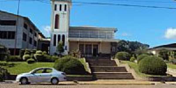 Igreja Matriz por Gilberto Vognach