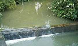 Vera Cruz - Represa para abastecimento de água-Foto:laz667