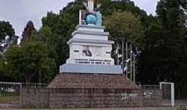 Veran�polis - Monumento em Veran�polis-RS-Foto:Marcelo Parise Petaz�
