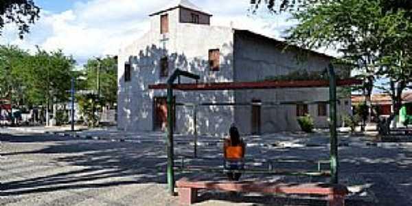 Matinha-BA-Praça e Igreja-Foto:Washington Nery