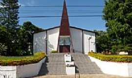 �guas de Chapec� - Vista da Igreja Matriz de N.Sra.Aparecida em �guas de Chapec�-SC-Foto:Paulo Pilenghy