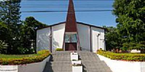 Vista da Igreja Matriz de N.Sra.Aparecida em Águas de Chapecó-SC-Foto:Paulo Pilenghy