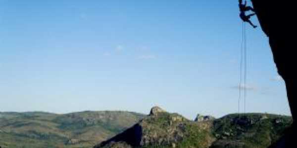 Rapel na gruta do Morro da Bandeira - Milagres BA, Por Paulo Menezes