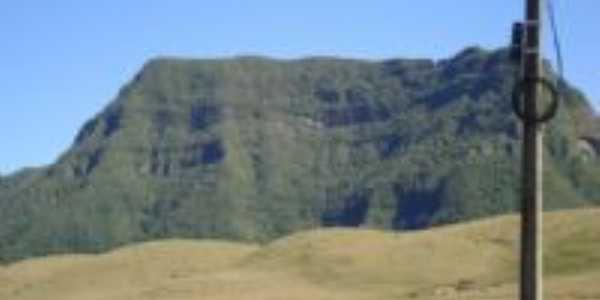 Serra do Corvo Branco, Por Maykon Jimi Machado