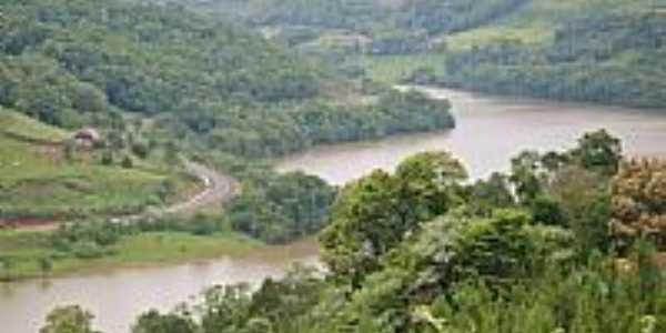 Alto Bela Vista-SC-Rio da região-Foto:Auri Brandão