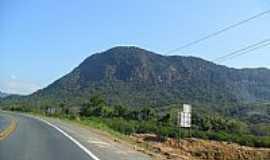 Apiúna - Montanhas ao lado da Rodovia BR-470 em Apiúna-SC-Foto:Elias Coelho