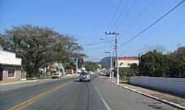 Apiúna - Rua central de Apiúna-SC-Foto:Elias Coelho