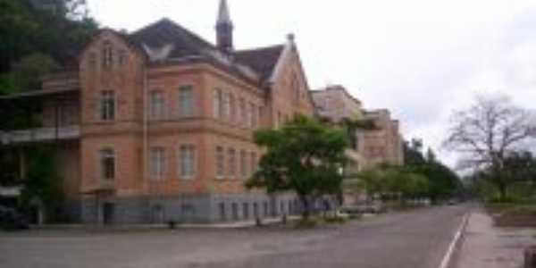 Museu Arquidiocesano Dom Joaquim - Azambuja - Brusque, Por Alba Cardozo