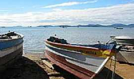 Biguaçu - Barcos de pesca em Biguaçu-Foto:Eric Muzamba
