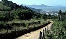 Biguaçu - Estrada-Foto:Possantti