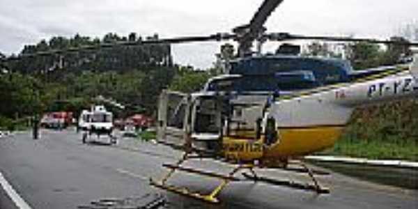 Resgate aéro na BR 282 - PRF