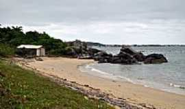 Bombinhas - Praia do Cardoso em Bombinhas-SC-Foto:Larissa Maciel