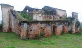 Mirangaba - Igreja das figuras Por Johny