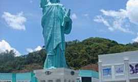 Brusque - Estátua da Liberdade em Brusque-Foto:Walter Leite