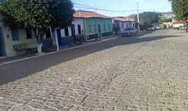 Mirante - Mirante-BA-Casario em rua central-Foto:mirante-bahia.blogspot.com.br