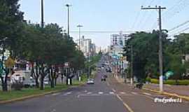 Chapec� - Avenida central em Chapec�-Foto:fredysilva11