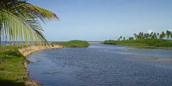 Mogiqui�aba-BA-Lagoa com o mar ao fundo-Foto:belmontebahia.commogiquicaba