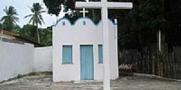 Capela em Monte Gordo, por Helio Queiroz.