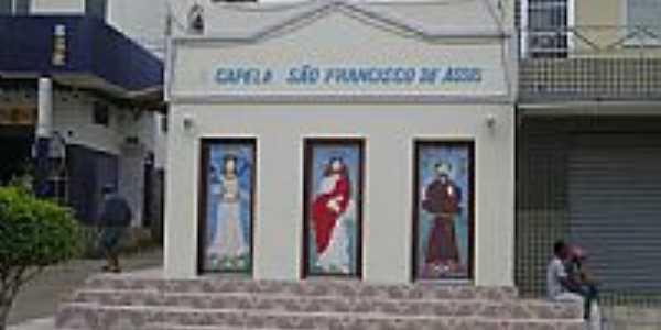 Capela São Francisco em Monte Gordo, por Helio Queiroz.