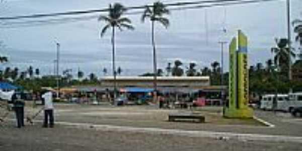 Mercado de Monte Gordo, por Helio Queiroz.