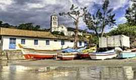 Garopaba - Barcos na Praia de Garopaba-Foto:Germano Sch��r